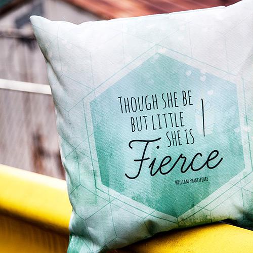Print-on-demand pillow 1