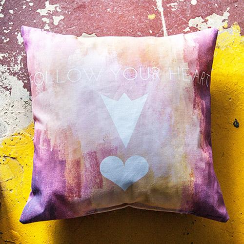 Print-on-demand pillow 2